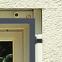 TIAMAT Fenstergitter nach Maß - Montage in der Laibung